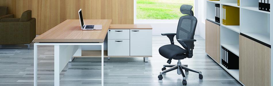 bàn giám đốc đơng giản