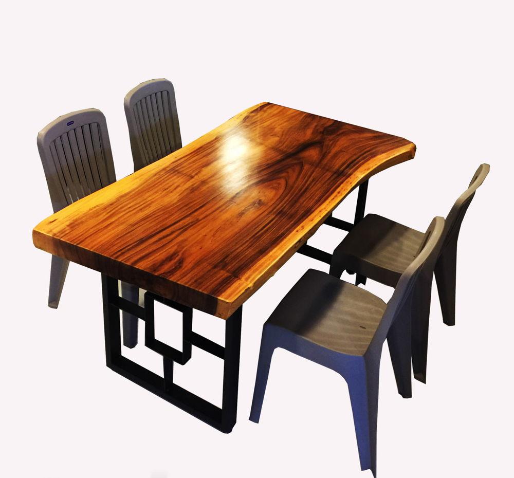 Bàn ăn gỗ me tây chân sắt và ghế nhựa hiện đại