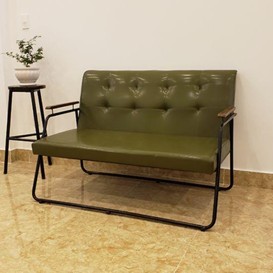 Sofa đôi khung chân sắt bọc simili