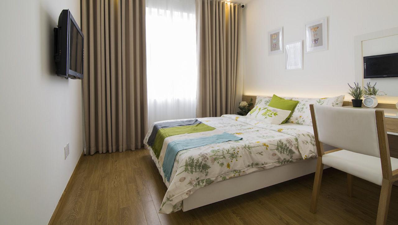 Phòng ngủ lớn căn hộ Melody Residence Âu Cơ