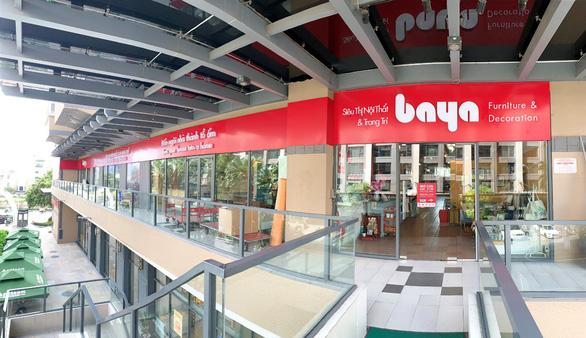 Hệ thống cửa hàng Uma thay áo mới Baya
