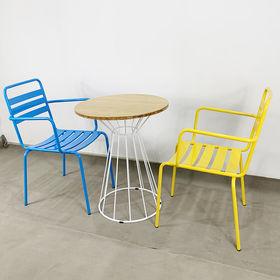 CBCF017 - Bộ bàn ghế cafe gỗ tre chân cổ lọ nhỏ và 2 ghế sắt